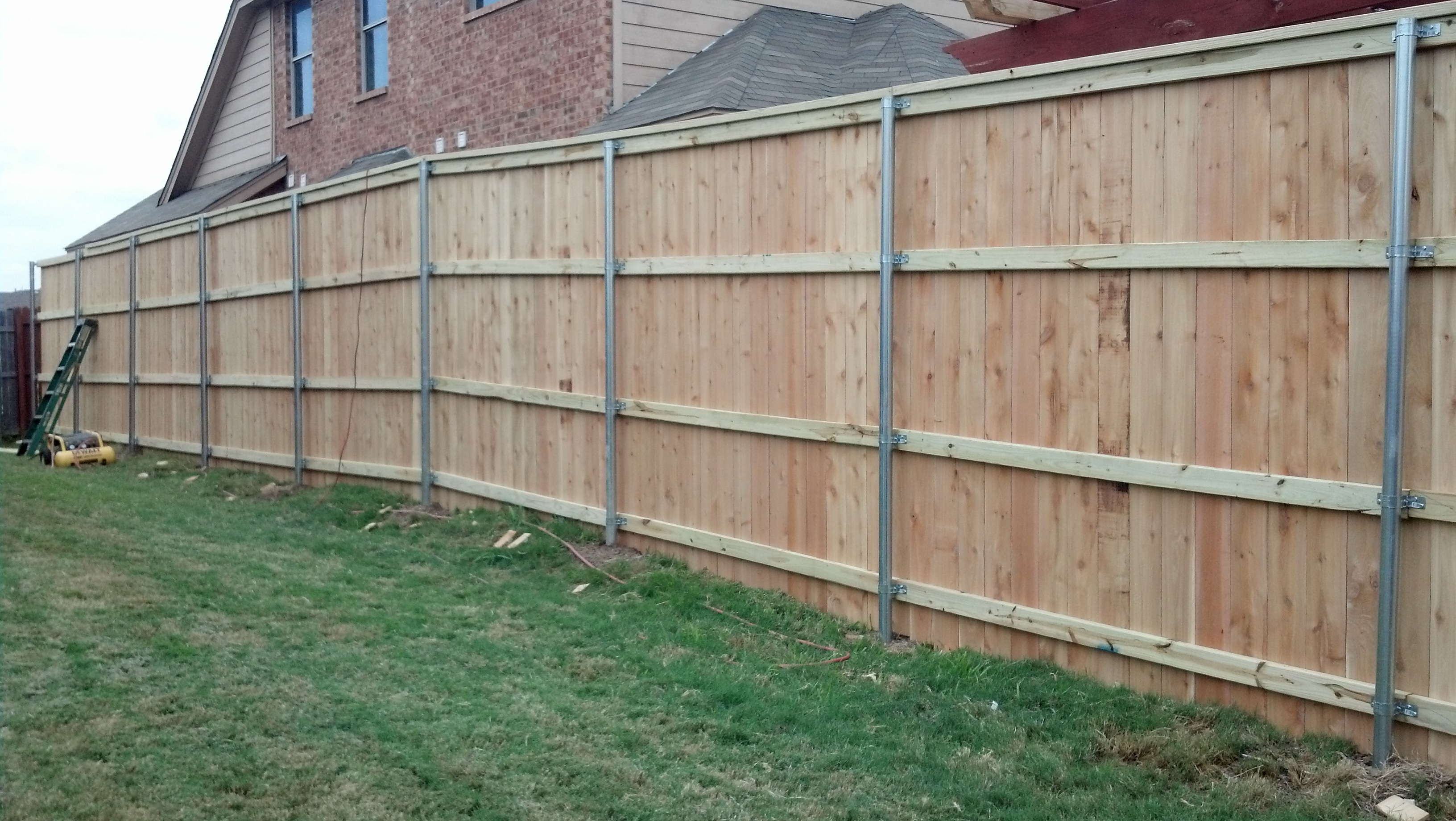 New fences fence king 8 foot tall 4 wide cedar pickets side by side style flat top with cedar cap unstained baanklon Images